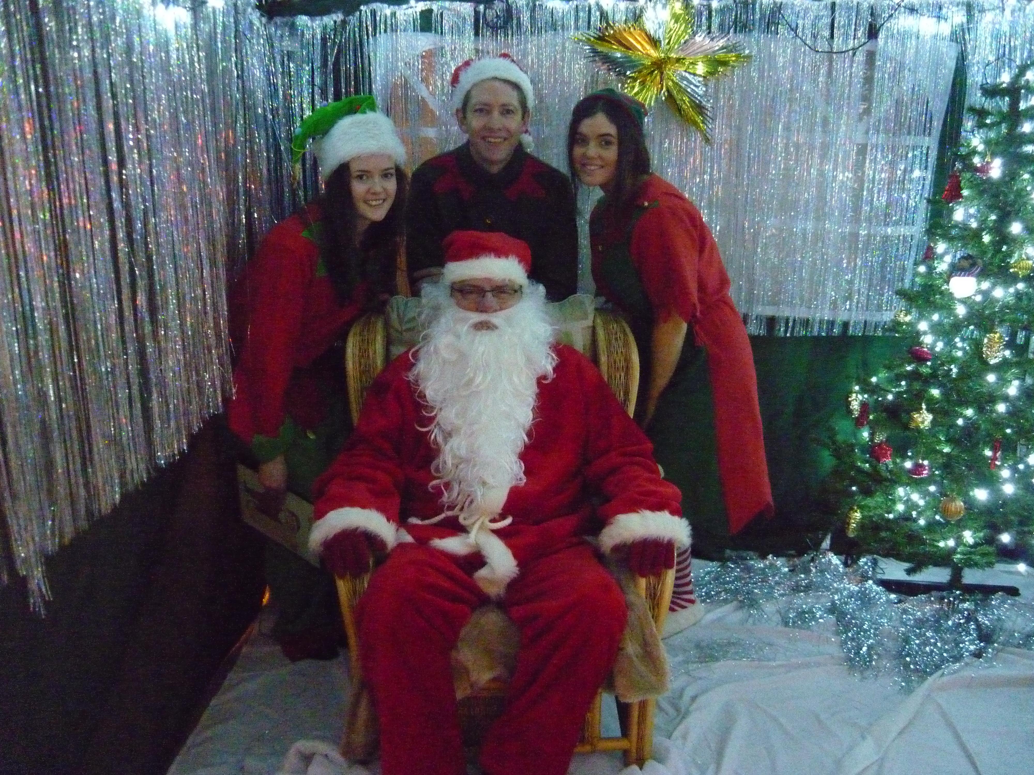 Santa   His Elves